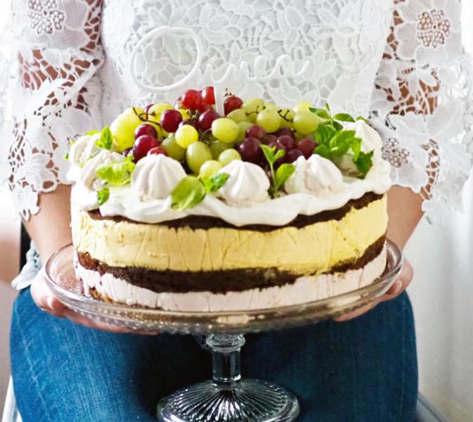 Riesling kakku pysty Ellu rajattu